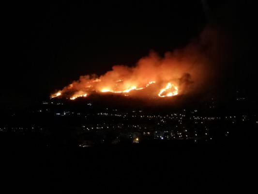 """Monreale """"devastata"""" dalle fiamme, immagini da paura e racconti di rabbia e disperazione: circa 80 gli sfollati"""