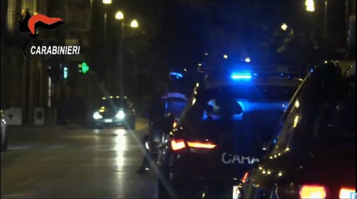 Smantellata rete di spaccio nel Catanese, maxi blitz alle prime luci dell'alba: 24 arrestati