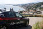 Dal furto di un escavatore e un furgone all'inseguimento con i militari: in manette due catanesi