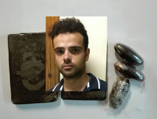 Beccato a bordo di un ciclomotore sulla SS 124 con hashish: arrestato Gabriele Calderone