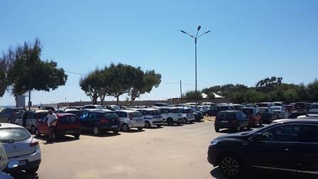 Passati a setaccio litorale Playa e Librino: scoperti parcheggiatori abusivi, droga e violazioni del codice della strada