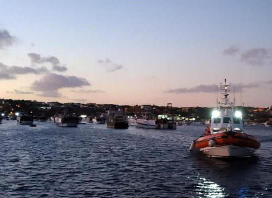 Lampedusa, sbarcati 27 minori non accompagnati dopo autorizzazione di Salvini