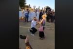 """""""Mi vuoi sposare?"""", proposta di matrimonio nella Valle dei Templi: il video diventa virale"""
