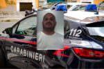 Rapina una tabaccheria nel Catanese usando un coltello: arrestato il 38enne Gianluca Messina