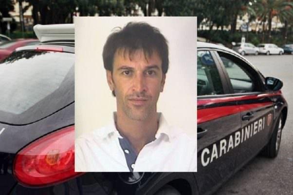 Posto di blocco a Fontane Bianche, centauro si disfa della droga: arrestato Salvatore Stefano Rizzotto