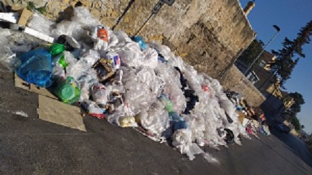 Stop alle irregolarità sul conferimento dei rifiuti: trasgressore beccato e sanzionato per 600 euro