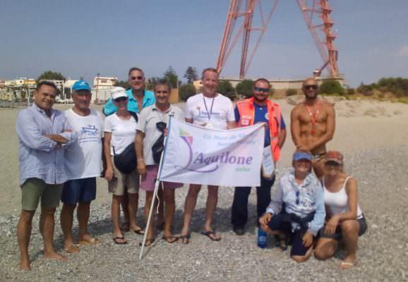 """""""Un mare da vivere… senza barriere"""": traversata dello Stretto di Messina. Solidarietà verso i meno fortunati"""