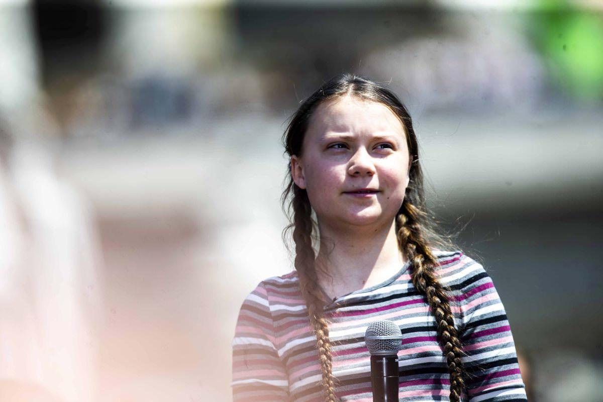 FridaysForFuture, riflettori puntati su Catania: Greta Thunberg retwitta foto del corteo