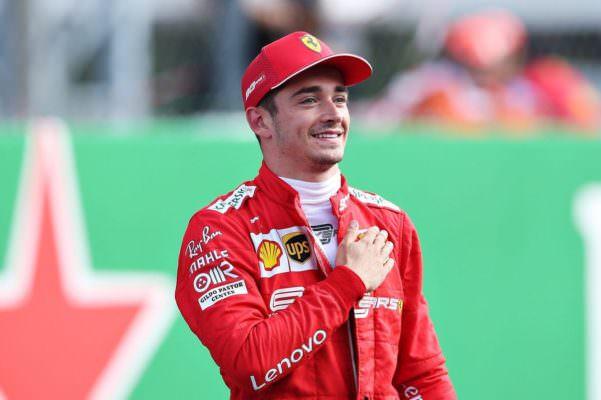 """Leclerc sfida la storia, per la Ferrari il futuro è adesso: Maranello ha il suo """"cavallino"""""""