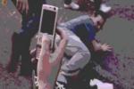 """Picchiato, umiliato e filmato, a Catania ennesima """"vergogna"""" ai danni di un disabile: il VIDEO dell'aggressione"""