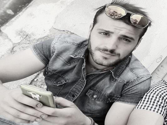 Morto in tragico incidente stradale: dolore e commozione al funerale del 24enne Alfonso Taglialavoro