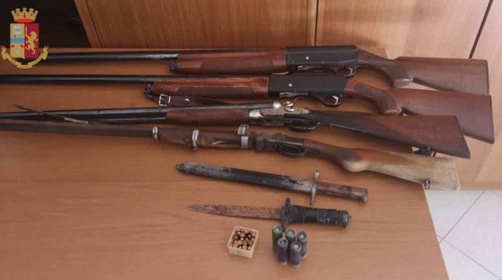 Deteneva 4 fucili e quasi 250 munizioni e cartucce: denunciato un 35enne