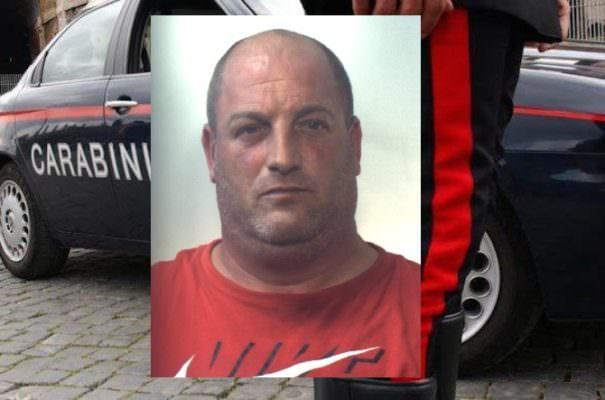 """Catania, """"tradito"""" dal nervosismo del figlio e dal rumore della serranda: arrestato 41enne"""