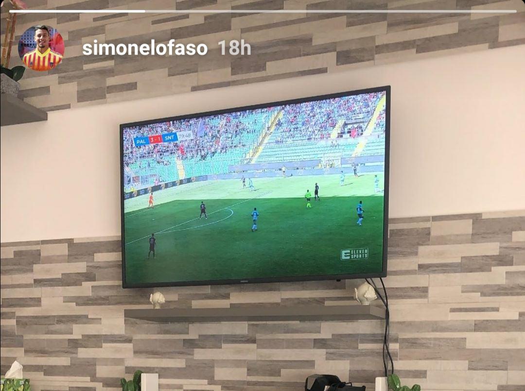 Palermo, guarda chi ti segue in tv! L'ex Simone Lo Faso osserva il match dei rosanero contro il San Tommaso