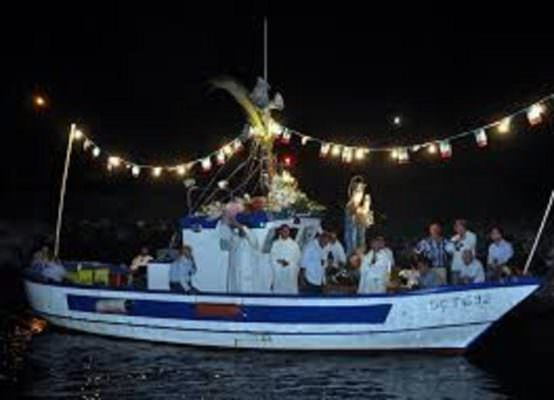 """Festa della Madonna """"Bambina"""", evento storico domani: la processione a mare arriverà ad Acitrezza"""