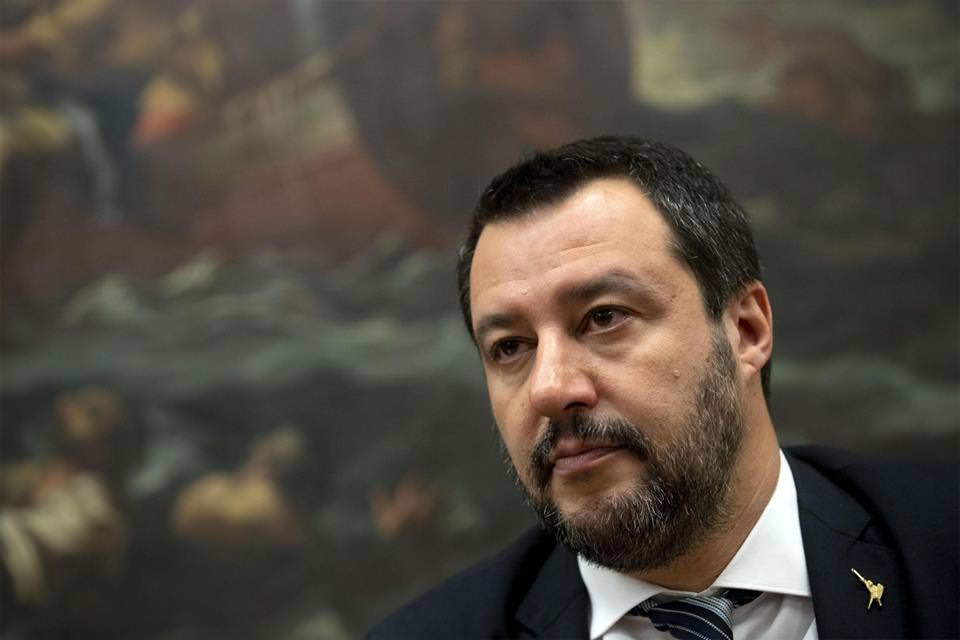 """Open Arms, Salvini commenta il rinvio a giudizio: """"Decisione politica, ridicolo passare per sequestratore"""""""