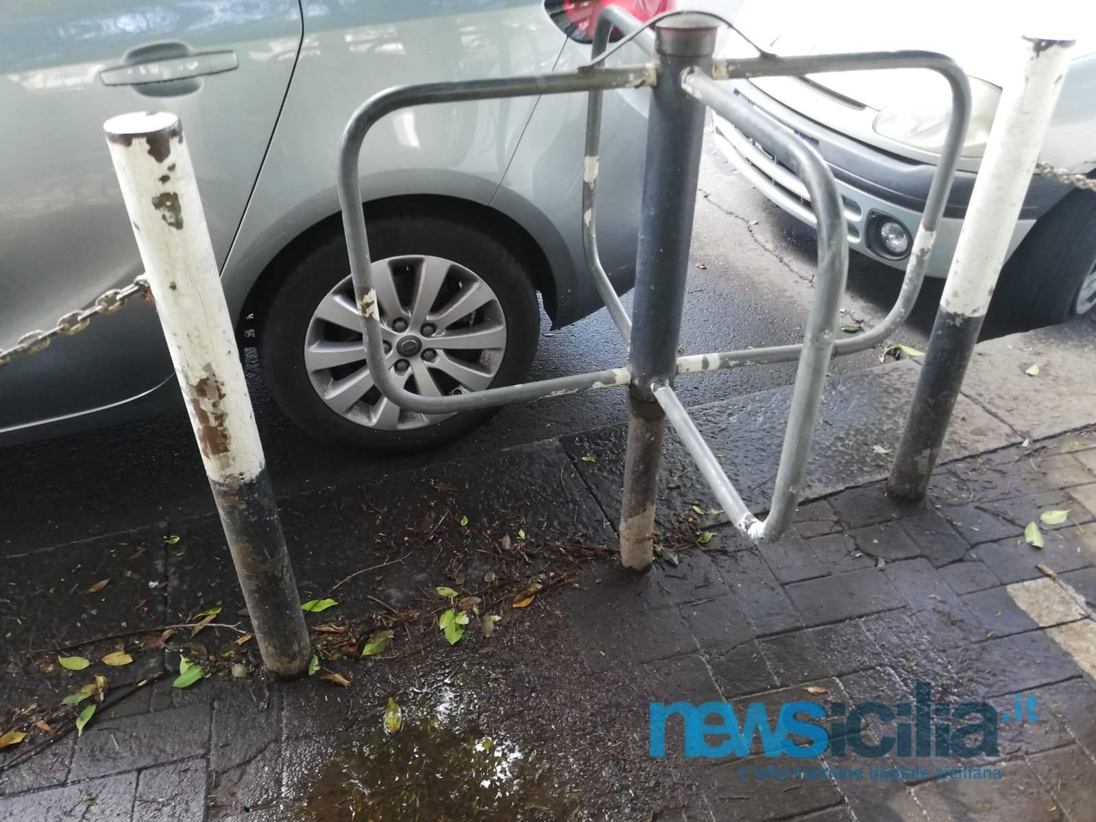 Catania discrimina i disabili? Barriere architettoniche e tanta maleducazione nella città che vorrebbe essere metropoli – FOTO