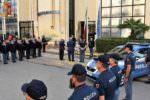 Funerali agenti uccisi a Trieste: poliziotti siciliani si uniscono in preghiera – FOTO