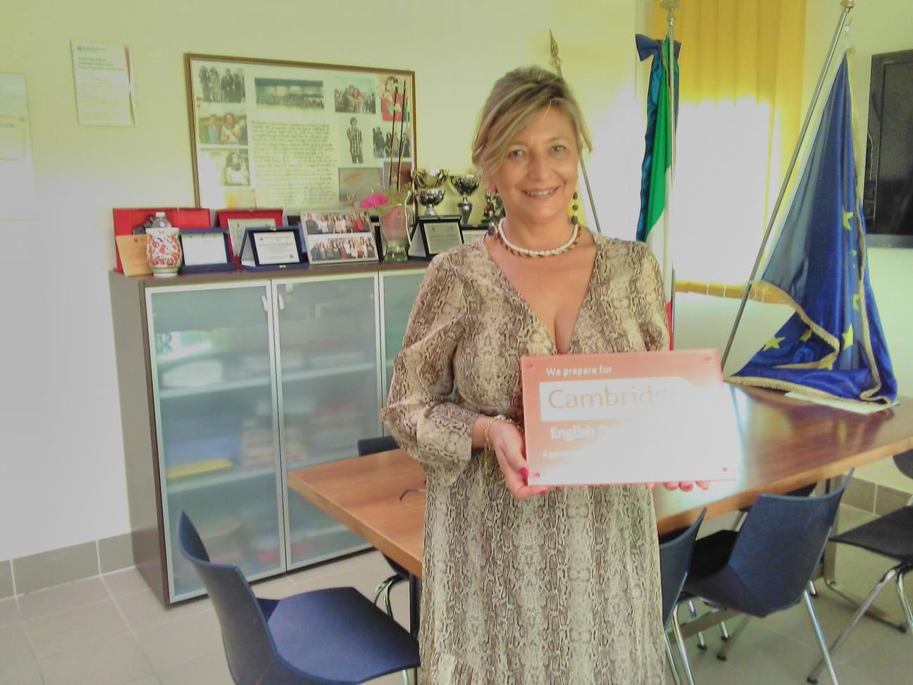 """L'I.I.S. """"Concetto Marchesi"""" di Mascalucia premiato dal Cambridge English Examinations Catania"""