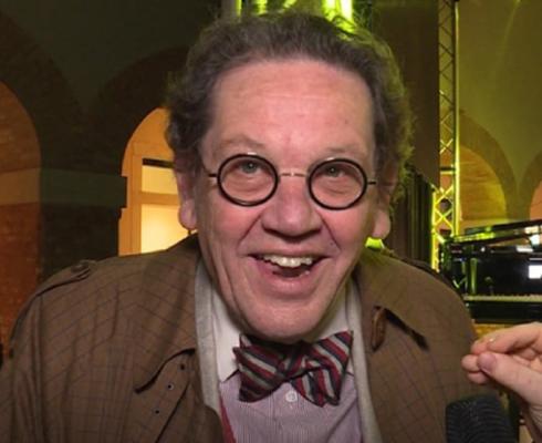 Si è spento Philippe Daverio, critico e storico d'arte: lottava contro un tumore in silenzio