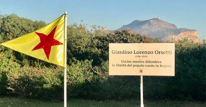 Morto mentre lottava per la libertà dei Curdi, la Sicilia dedica una targa al giovane Lorenzo Orsetti