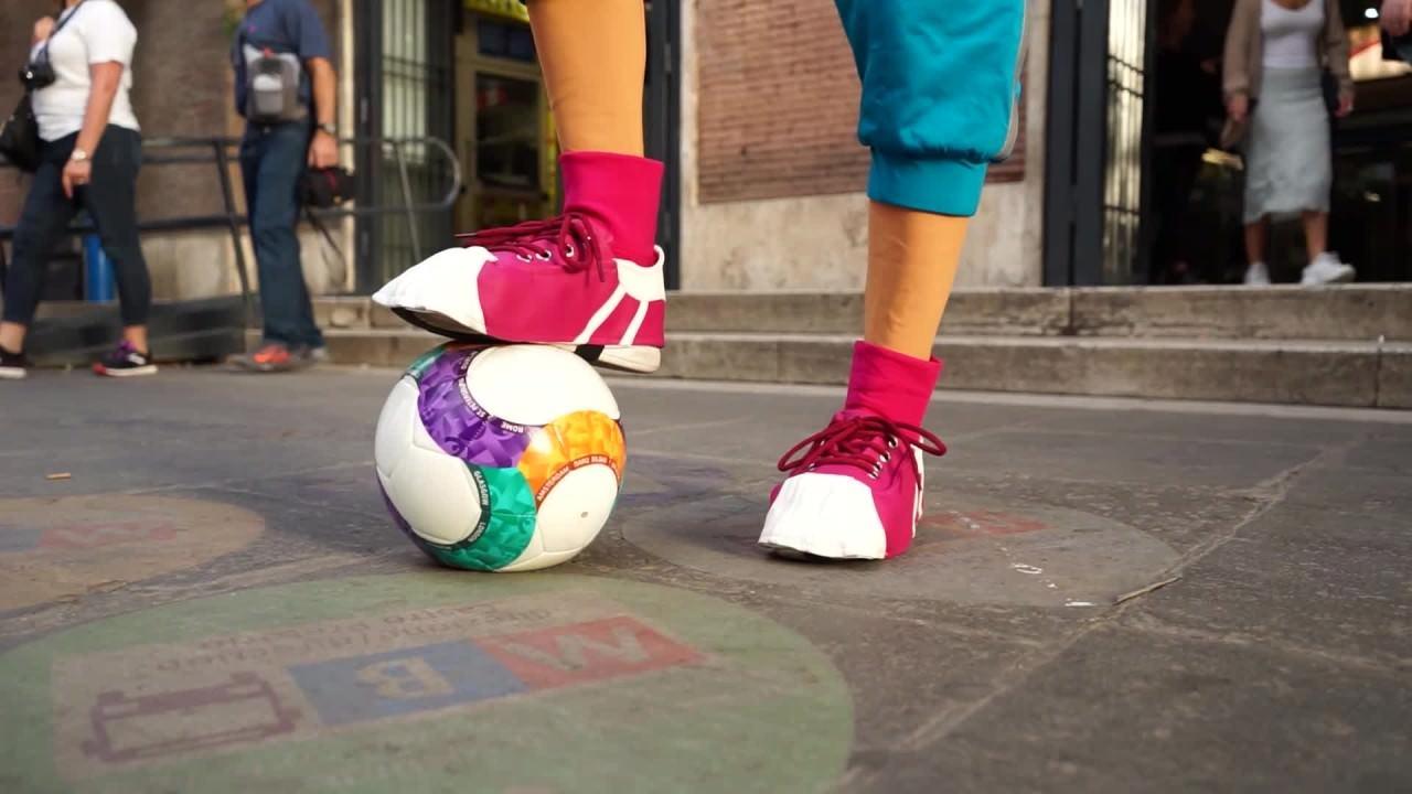 Skillzy, la mascotte di Euro2020 a Roma