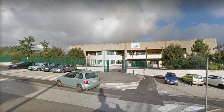 Mascalucia, maestra aggredita da alunno e genitori finisce in ospedale: carabinieri intervengono a scuola