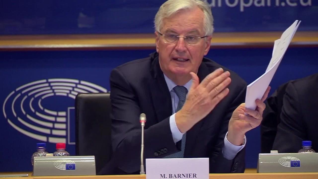 Ue ferma l'allargamento ai Balcani