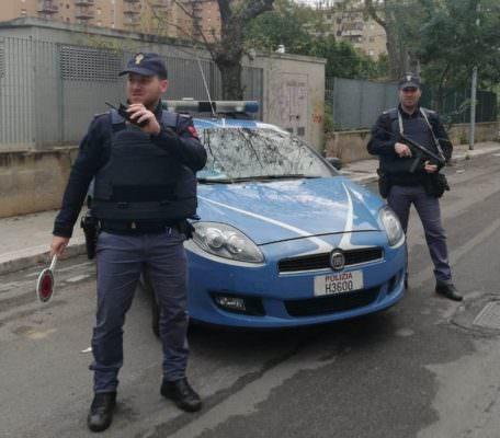 Momenti di tensione in via delle Finanze, catanese non si ferma al posto di blocco