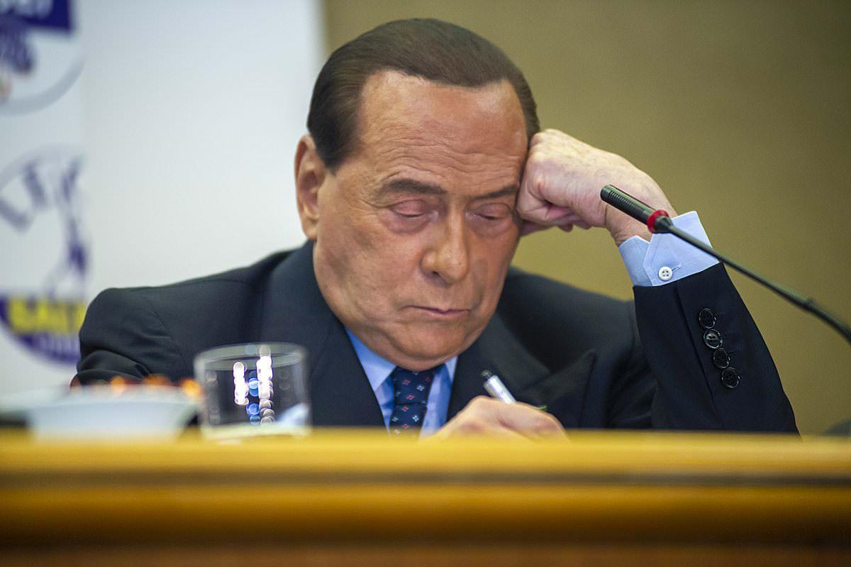 Coronavirus, Silvio Berlusconi ricoverato all'ospedale San Raffaele per accertamenti: ecco le sue condizioni