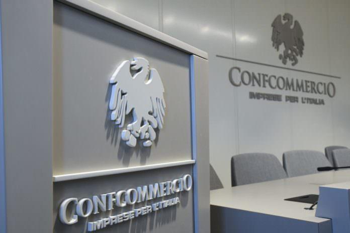 """CONFCOMMERCIO """"FUTURO DI STAGNAZIONE PIÙ CHE DI RECESSIONE"""""""