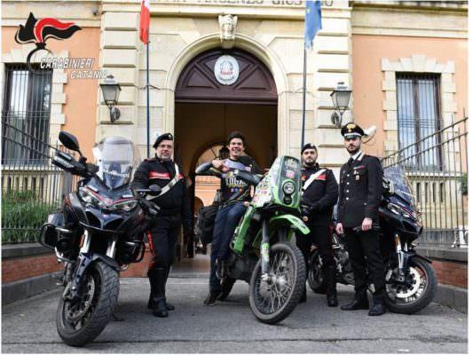 """Catania, il giro del mondo in moto di Logar può continuare: """"Rebecca"""" ritrovata a San Cristoforo"""