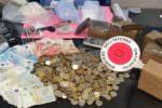 Verifiche antidroga dei Falchi: sequestrati hashish, cocaina e crack. Avrebbero fruttato 70mila euro