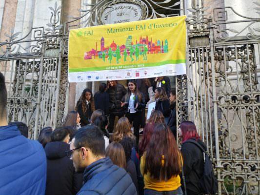 """Mattinate FAI d'inverno: a Catania gli studenti dell'I.S. """"Carlo Gemmellaro"""" scoprono i tesori della città"""
