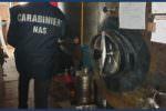 Blitz in un deposito di olio e vino: condizioni igienico sanitarie pessime, attività sospesa
