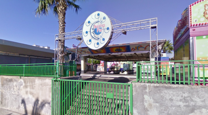 Catania, giostre di piazza Nettuno senza revisione e fuori norma: denunciato il titolare