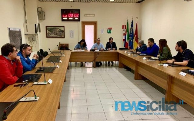 Catania, discariche abusive e bando per smaltimento rifiuti: incontro con l'assessore Cantarella alla Terza Municipalità