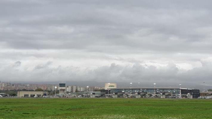 Catania, allerta rossa per pioggia e disagi all'aeroporto: rischio cancellazione voli