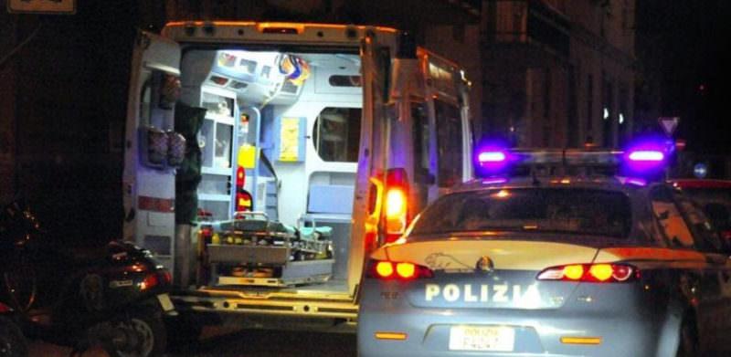 Catania, paura per sanitari del 118: soccorrono ubriaco ma lui prende a calci e pugni l'ambulanza