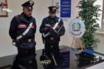 """Paura in ospedale, forza porta del reparto di Psichiatria e """"lotta"""" con vigiliante: arrestato l'aggressore"""