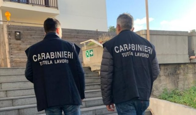 Catania, dipendenti pagati 5 euro l'ora e minacciati di licenziamento: sequestrati beni a due società