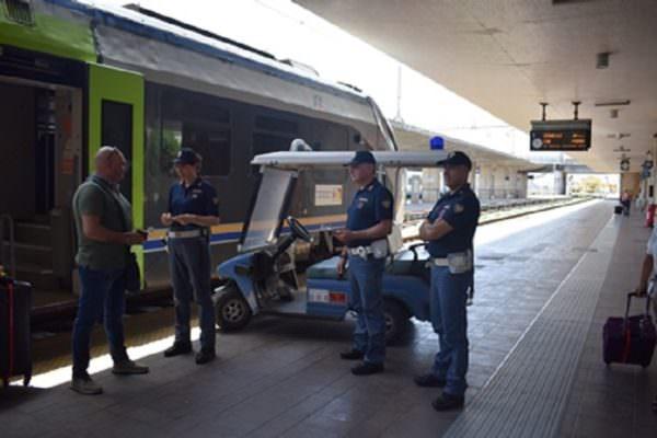 """Operazione """"Rail safe day"""", controlli ad ampio raggio della Polizia Ferroviaria: 3 minori rintracciati"""
