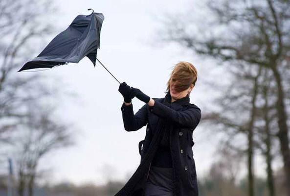 Pioggia e mare mosso in Sicilia, ancora protagonista il forte vento: le PREVISIONI per domani