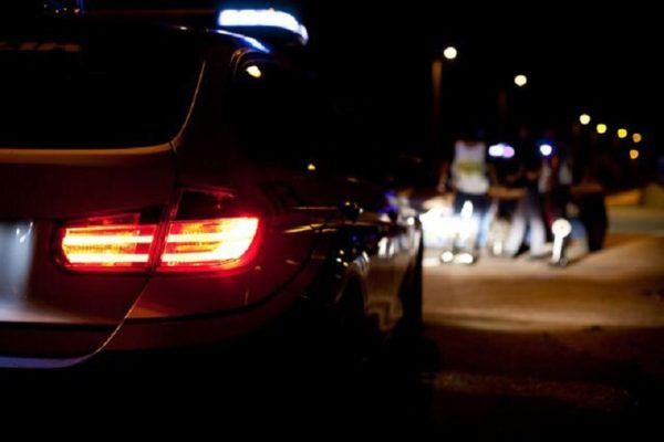 """Contrasto alle """"stragi del sabato sera"""", serrati controlli della polizia: denunciati 3 giovani ubriachi alla guida"""