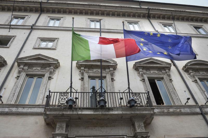 Regione Siciliana, taglio sui vitalizi. Il Cdm impugna la legge: viola il principio di uguaglianza della Costituzione