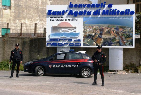 Cocaina e hashish nascosta nel giubbotto, fermati due stranieri di 21 e 30 anni
