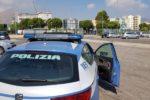 Minacce, pugni e gomitate agli automobilisti che non vogliono pagare: segnalati padre e figlio parcheggiatori abusivi