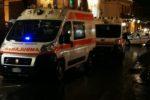 Tragedia nel Catanese: 65enne accusa un malore in piazza, si accascia e muore