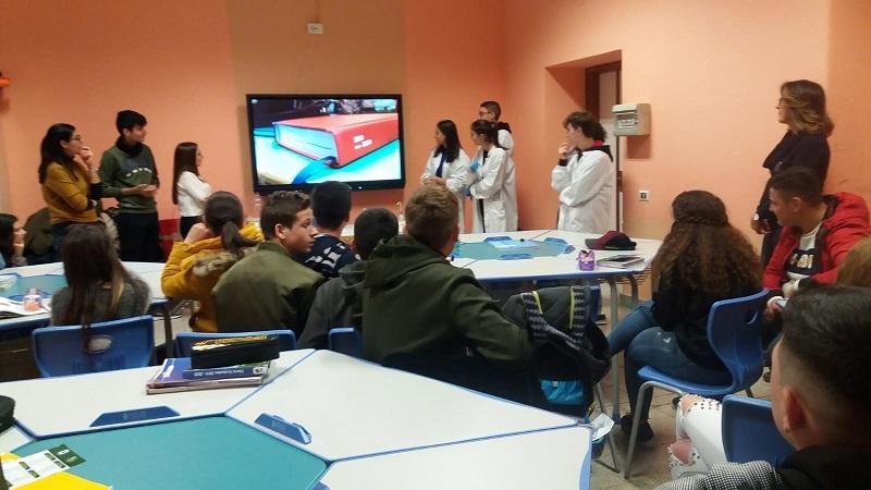 """L'Istituto Comprensivo """"Marconi""""… orienta i suoi alunni ad una scelta consapevole"""