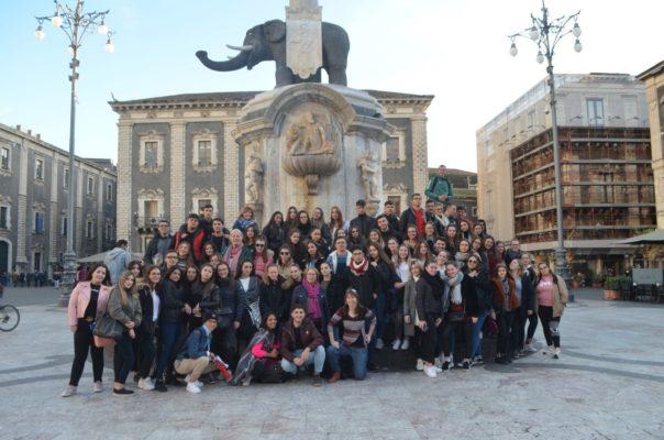 L'Institut C. Gemmellaro et le Lycée Beau Soleil se donnent rendez-vous à Catane (L'Istituto C. Gemmellaro e il Liceo Beau Soleil si incontrano a Catania)